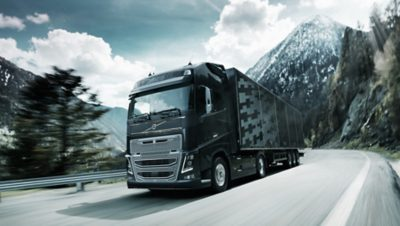 Volvo FH 16 insurance on road