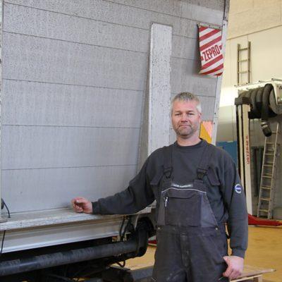 Montør hos Volvo Truck Center