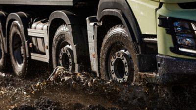 Volvo FMX mobility wheels mud
