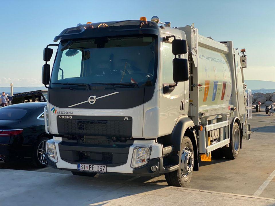 Isporučen novi Volvo FL za Komunalno održavanje Ploče