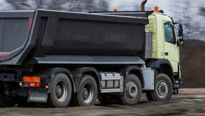 Volvo FMX rear air suspension behind truck