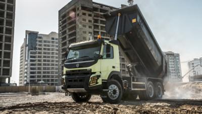 Volvo FMX rear air suspension truck unloading