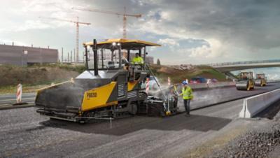 Conducteur d'un véhicule du groupe Volvo sur un chantier de construction