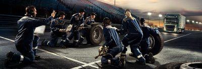 Volvo FH passerar mållinjen