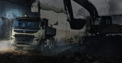Volvo FMX steerable multi axles excavator truck
