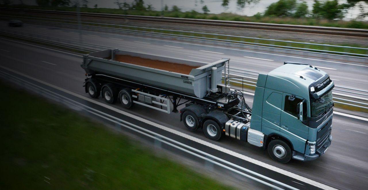 Volvo FH: levantamiento del eje tándem