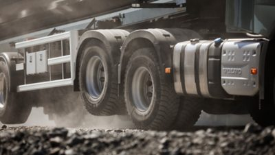 Volvo FH tandem axle lift