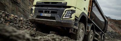 Volvo FMX tandem axle lift gravel pit