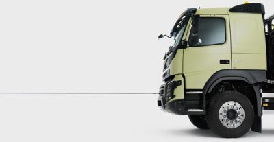 Volvo FMX towing device studio sideview