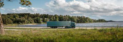 Volvo FM, jonka hiilijalanjälki on 20 prosenttia pienempi.