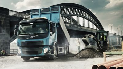 The Electronic Control System of the Volvo FE