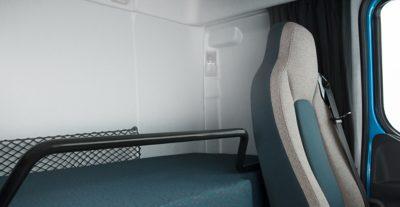 Cabina do Volvo FE: conforto interior, superior em todos os aspetos