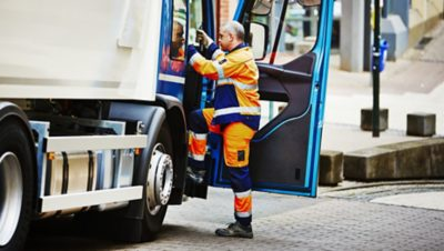 The Volvo FE entry step is ergonomically designed in every respect