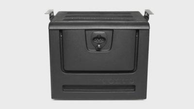 Ekstra opbevaringsbokse til motortunnellen eller bag passagerstolen