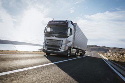 Volvo FH with I-save truck on road
