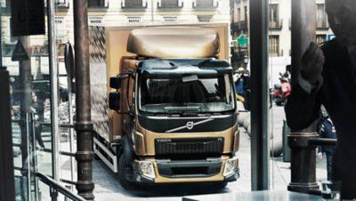 O Volvo FL leva-o suavemente a locais anteriormente inacessíveis