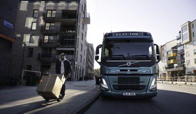 DFDS en Volvo Trucks werken samen om eletrische transporten mogelijk te maken