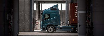 Personalize a linha motriz do seu Volvo FM e para a sua operação.