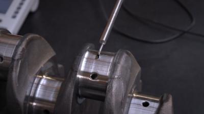 Närbild av en Volvo Reman-motor