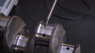 Primer plano de un motor Volvo Reman