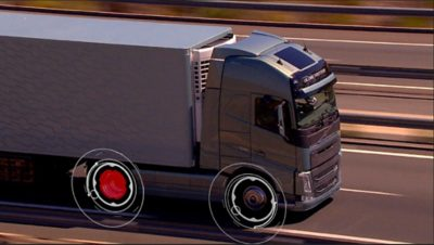 A new tyre management service measures the tyre pressure and temperature in real time. Tyre data is transmitted to the truck communication network.