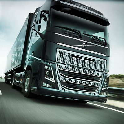 Volvo FH16 lane keeping support