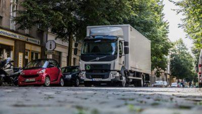 Volvo trucks global FL with box