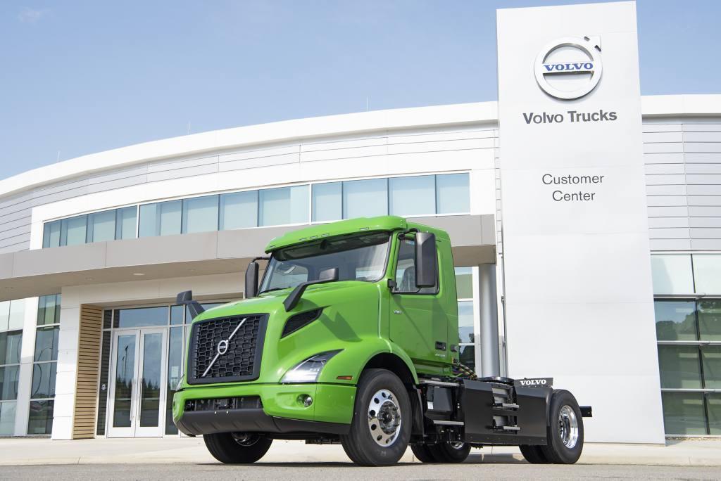Volvo Trucks Customer Manhattan Beer Distributors Orders Five VNR Electric Models for New York Beverage Distribution