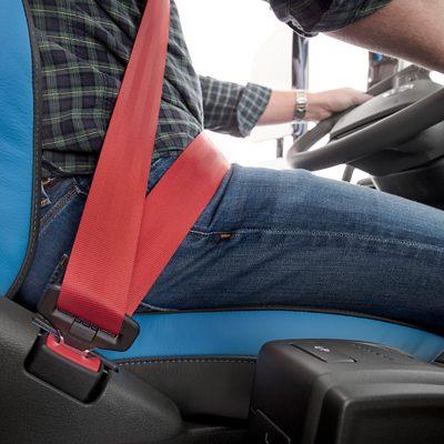 Cinturón de seguridad de tres puntos de Volvo Trucks