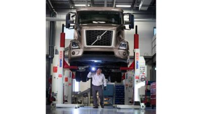 Volvo Trucks North America has launched the Volvo Blue Contract service offering, a comprehensive maintenance program designed to improve uptime and simplify maintenance management for customers and dealers.