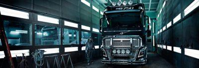 Volvo trucks servicing FH 16 in workshop